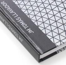 Catálogo Tomás Llavador. Un proyecto de Diseño de Menta  - 27-03-2010