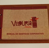 Velouria Indie-music festival. Um projeto de Design, Ilustração, Publicidade, Fotografia e 3D de Álvaro Millán Sánchez         - 29.06.2011