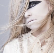 Fashion & Beauty. A Advertising, and Photograph project by Natalia Mora Domingo         - 02.08.2012