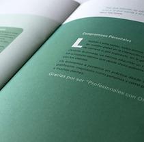 Viálogos capital humano. Un proyecto de Diseño, Diseño editorial y Diseño gráfico de sonia beroiz - Martes, 02 de abril de 2013 00:00:00 +0200