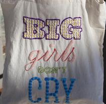 BIG GIRLS DON'T CRY. Un proyecto de Diseño, Ilustración y Publicidad de Adalaisa  Soy - Miércoles, 04 de diciembre de 2013 00:00:00 +0100