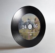 INVITACIÓN DE BODA CD-VINILO. A Graphic Design project by Silvia Gil-Roldán - Feb 27 2014 12:00 AM