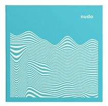 Ep Nudo. Um projeto de Música e Áudio, Direção de arte e Design gráfico de Tata&Friends         - 18.03.2014