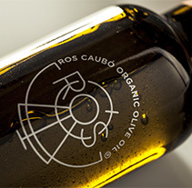 Diseño de marca y packaging | Ros Caubó. A Art Direction, Graphic Design, and Packaging project by Zoo Studio  - 02-03-2014