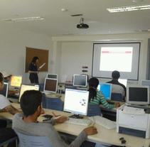 Coordinación del contenido e impartición del Curso de Empleo 2.0 y Currículum Europeo, en Cruz Roja Española. Um projeto de Educação de Verónica Batllés Fernández - 29-05-2012