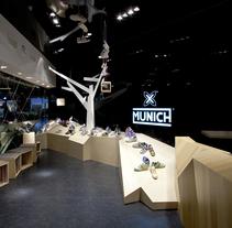 Munich Illa Diagonal. Un proyecto de Consultoría creativa, Diseño de muebles, Arquitectura interior y Diseño de interiores de Eric Dufourd  - 04-09-2010