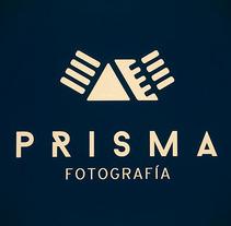 Prisma Fotografía. Um projeto de Br e ing e Identidade de LOCANDIA Estudio  - 05-12-2014