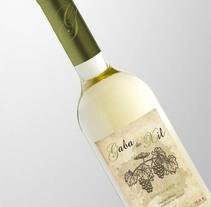 Etiquetas de vino. Um projeto de Design gráfico de Alicia Acuña         - 14.03.2009