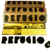 REFUGIO MAGNET. Un proyecto de Diseño, Diseño de juegos, Diseño gráfico, Packaging, Diseño de producto y Tipografía de Virginia Lorente Alegre - 09-03-2015
