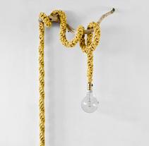 Lámpara XL Crochet. A Photograph, Art Direction, Crafts, Fashion, and Set Design project by Patricia Moreno López         - 01.11.2015
