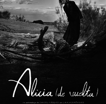 Alicia (de vuelta). A Design, Advertising, Photograph, Film, Video, TV, Graphic Design, Film, and TV project by MujerHombreLobo         - 30.11.2015