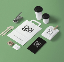 Go! Catering. A Art Direction, Br, ing, Identit, Graphic Design, and Web Design project by Jesús Román Ortega - 03-03-2016