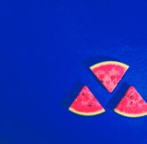 Minimalismo azul. Un proyecto de Fotografía de Silvia Jareño Torés - 24-08-2016
