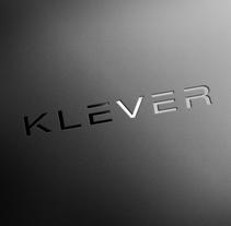 KLEVER. Um projeto de Br, ing e Identidade e Design gráfico de Abraham Rojas         - 26.03.2016