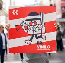 Diseño de logotipo Dr. Vinilo. Um projeto de Br e ing e Identidade de Lakas Martinez         - 27.10.2016