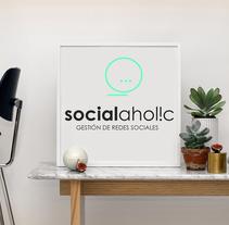 Social Aholic. Un proyecto de Br, ing e Identidad, Diseño editorial y Diseño Web de Buri ®  - 01-02-2017