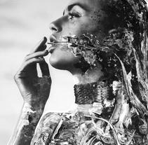 Everything In Its Right Placeroyecto. Un proyecto de Fotografía, Bellas Artes, Pintura y Collage de Marco  Castillo - 08-04-2017