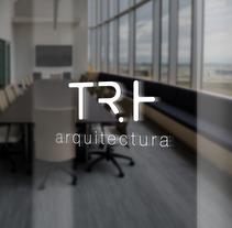 TRH arquitectura. Un proyecto de Diseño gráfico de Melanie Mercer - 29-08-2017