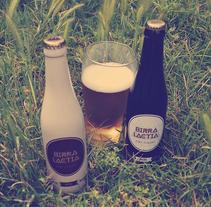 BIRRA LÀCTIA cerveza artesana a base de leche. Um projeto de Design gráfico de carlalloretpuig         - 19.07.2013
