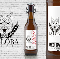 La Loba Bier - Rebranding. A Illustration, Br, ing, Identit, and Product Design project by Fernando Ambordt         - 06.02.2018